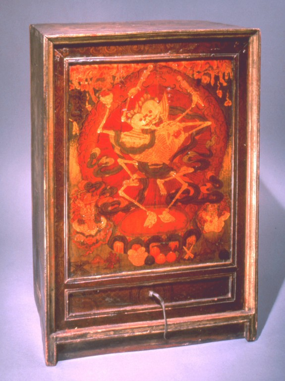 Cabinet with Chitipati