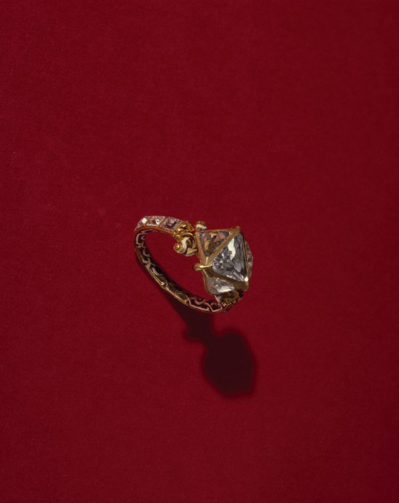Enameled Gold and Diamond Ring
