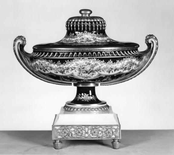 Potpourri Vase (Vase pot pourri ovale uni)