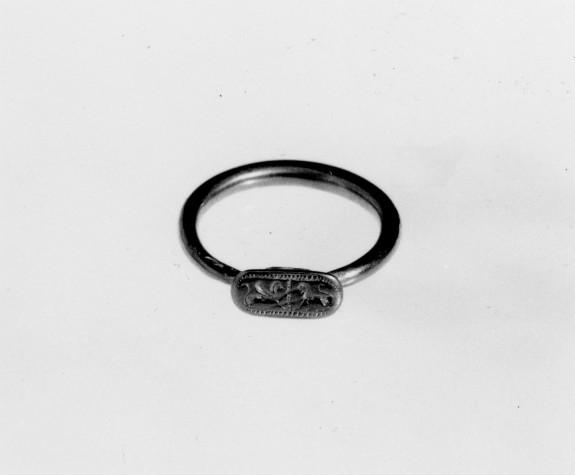 Ring Engraved with a Griffin and a Lion