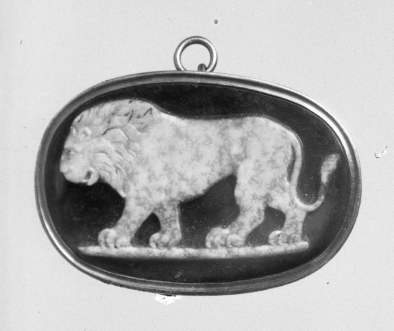 Cameo with a Lion