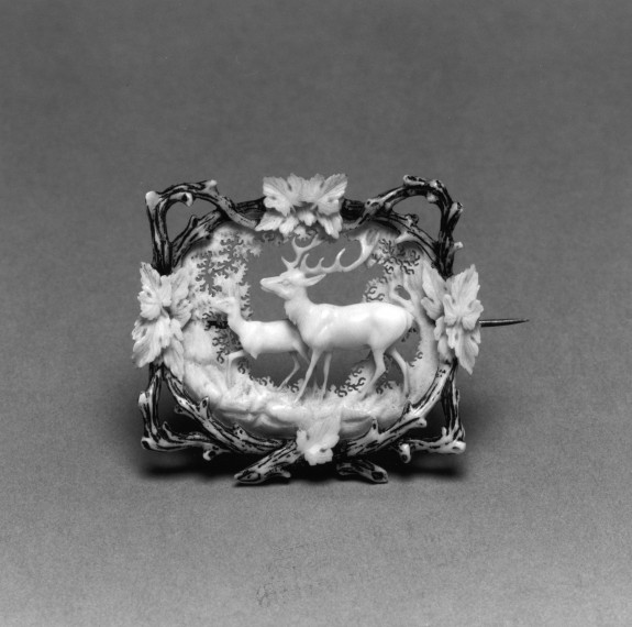 Brooch with a Stag and Fawn Surrounded by Leaves and Intertwined Branches