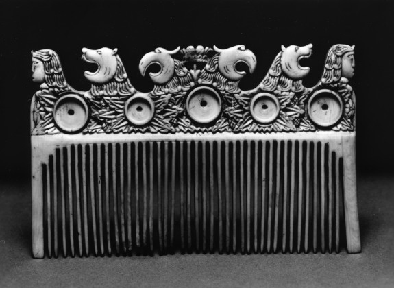 Comb with Warriors and Eagles