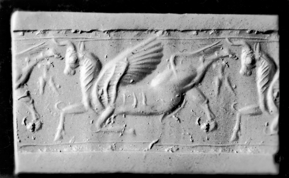 Cylinder Seal with a Winged Bull
