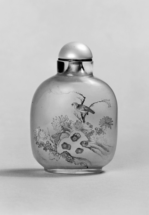 Snuff Bottle with Birds and Flowers