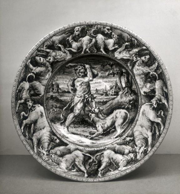 Dish with Hercules Overcoming Cerberus