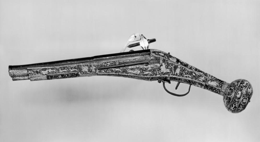 Wheel-Lock Holster Pistol