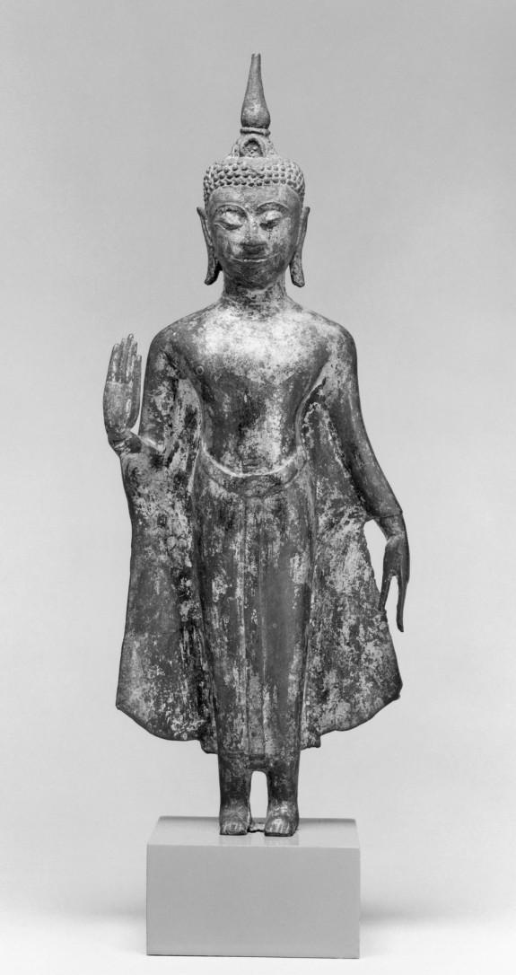 Standing Buddha in Abhayamudra