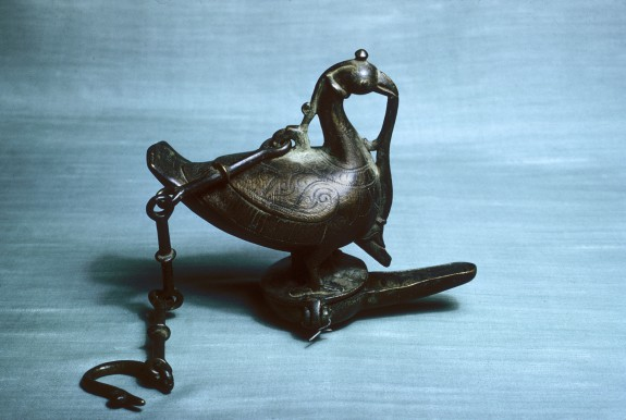Hanging Oil Lantern in the Shape of a Bird