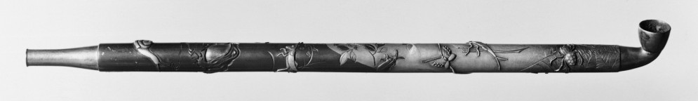 Pipe Depicting Life on the Bank of a Pond