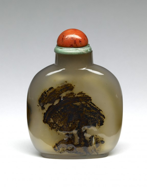 Snuff Bottle with a Bird in a Bush