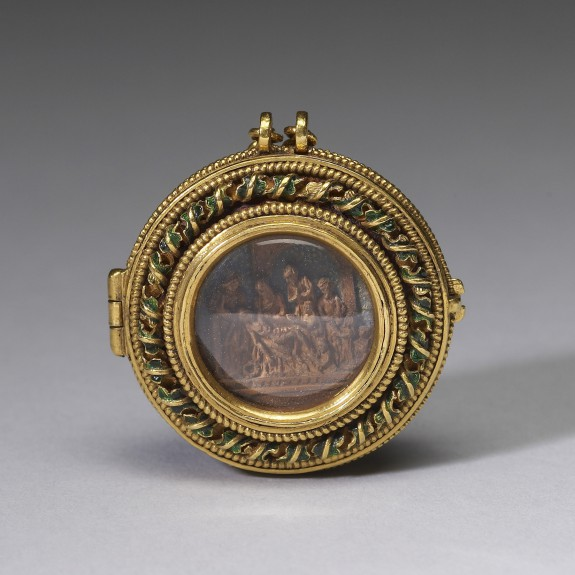 Locket with Christ's Entry into Jerusalem and Doubting Thomas