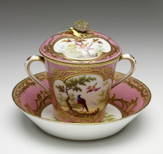 Two-Handled Covered Cup and Saucer (Gobelet 'à lait' et soucoupe)