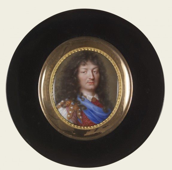 Circular Snuffbox with Portrait of Louis XIV, King of France