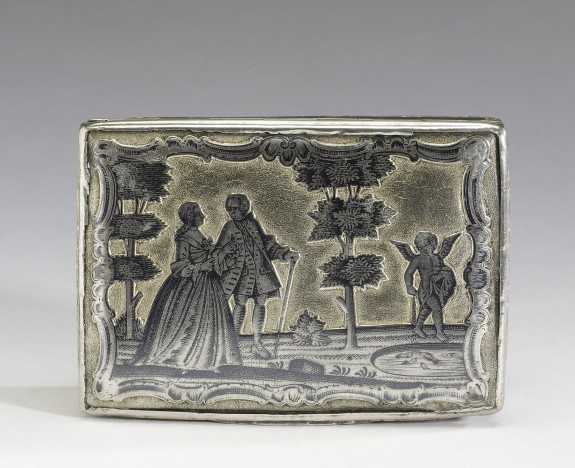 Snuffbox with Engraved Scenes