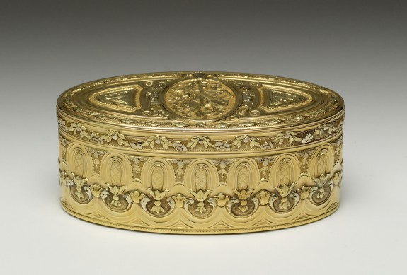 Snuffbox with Trophy