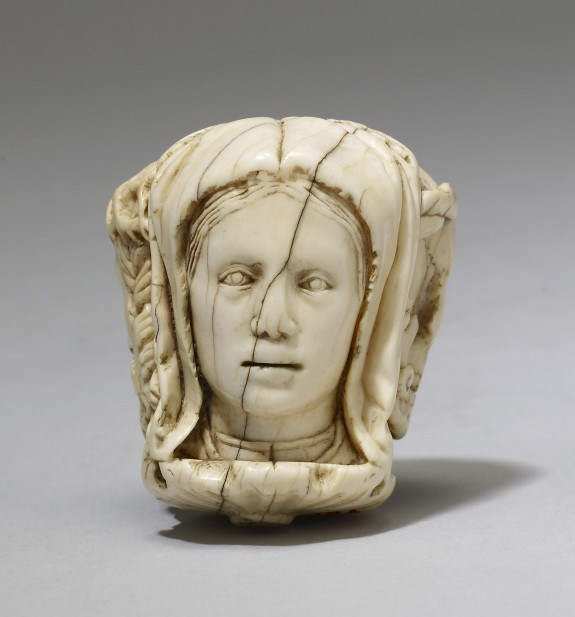 Paternoster Bead from a Rosary or Chaplet with Christ, a Young Woman, and Death