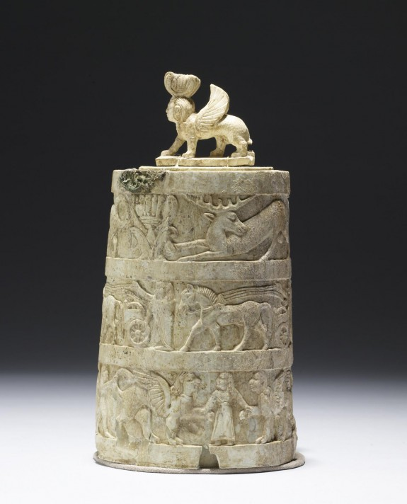 Pyxis and Lid with Sphinx-Shaped Handle