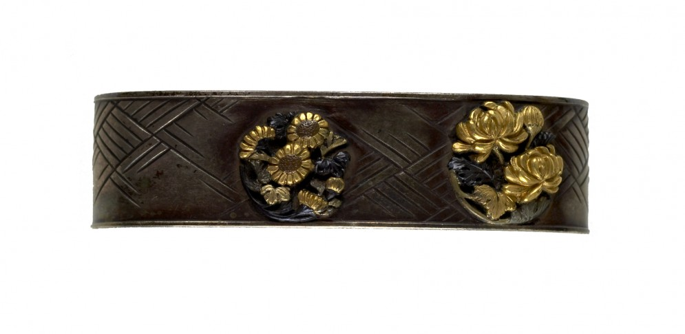 Fuchi with Chrysanthemums and Basket Weave