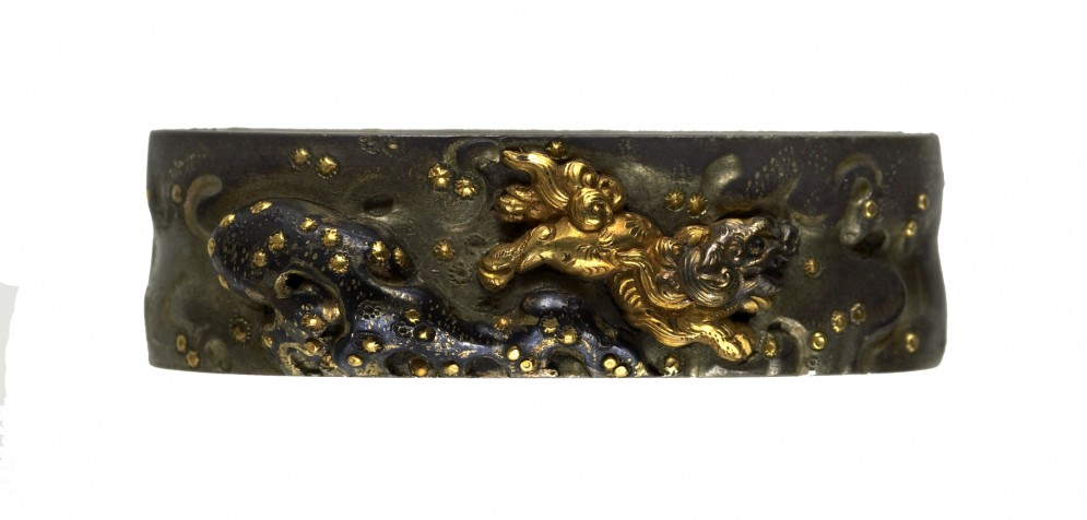 Fuchi with Chinese-style Lion and Rock