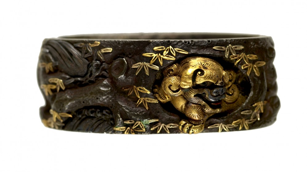Fuchi with Chinese-style Lions and Peonies