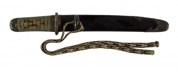 Dagger (hamidashi) with black lacquer saya with tortoise shell motifs (includes 51.1274.1-51.1274-5)