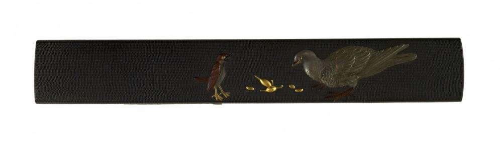 Kozuka with a Sparrow and a Pigeon