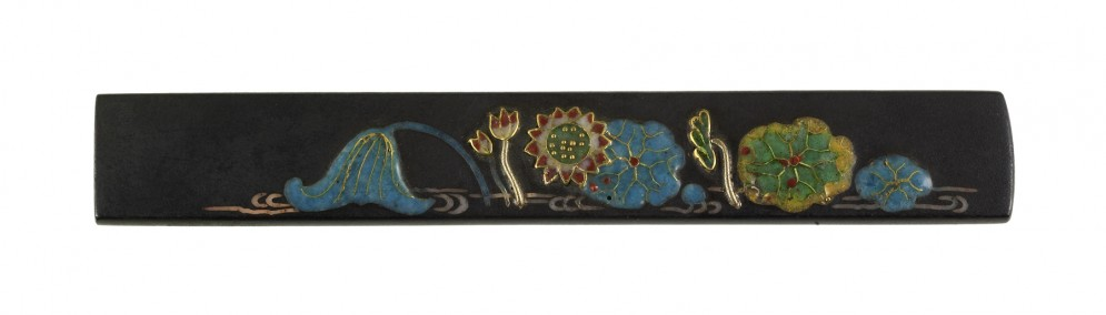 Kozuka with a Lotus Pond