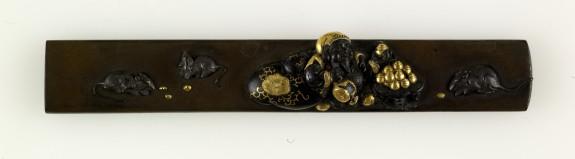 Kozuka with Daikoku with Jewels and Rats