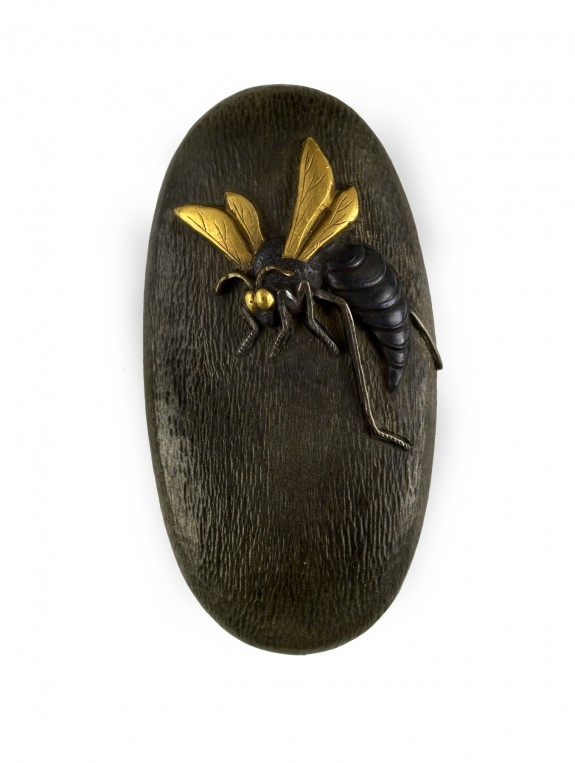 Kashira with a Wasp