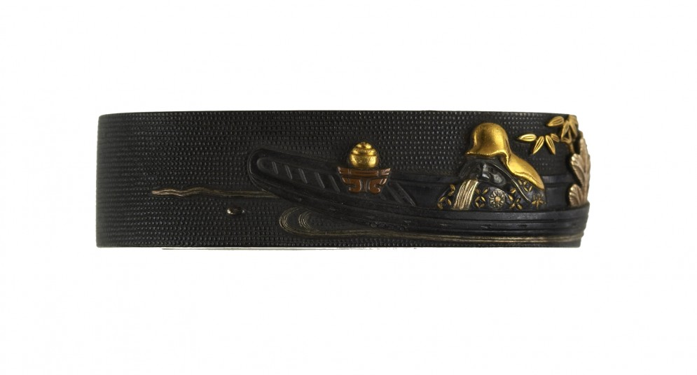 Fuchi with Fukurokujû or Daruma on a Boat
