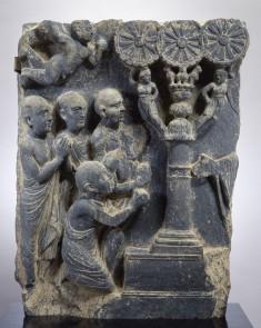 Buddha Preaching to Disciples