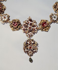 Esterhazy Marriage Collar
