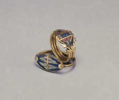 Two Rings with Lotus Flowers