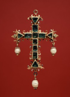 Pendant Cross with Emeralds