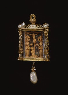 Pendant in the Shape of a Lantern with Christ's Crucifixion and Deposition