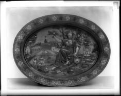 Oval Plate with Floral Decoration (La Belle Jardinière)