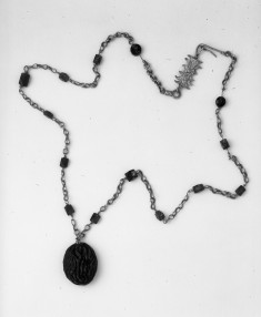 Necklace with Raisin-Shaped Pendant