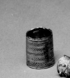 Large Cylindrical Bead