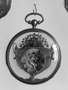 Watch in Vase-Shaped Setting with Case
