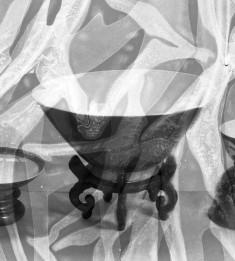 Monochrome Famille Rose Bowl