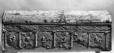 Sarcophagus with Sphinxes in Columned Arcade