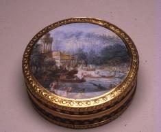 """""""Bonbonnière"""" with a Regatta Scene"""