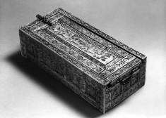 Box with Putti as Warriors