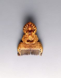 Comb with Vishnu and Peacock