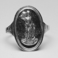 Ring with Perseus