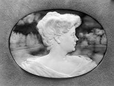Cameo Portrait of Mme Tonnellier