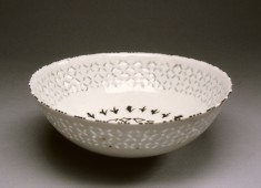 Gombroon Ware Bowl with Diamond Pattern