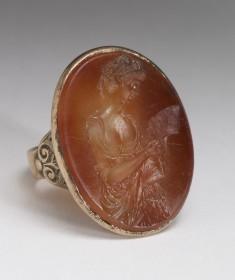 Ring with Sardonyx Intaglio of a Woman Reading