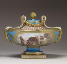 One of a Pair of Vases (Vase cassolette Bachelier)